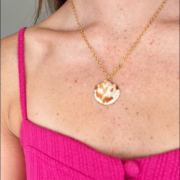 Homemade gold shell necklace @goldenseacollections